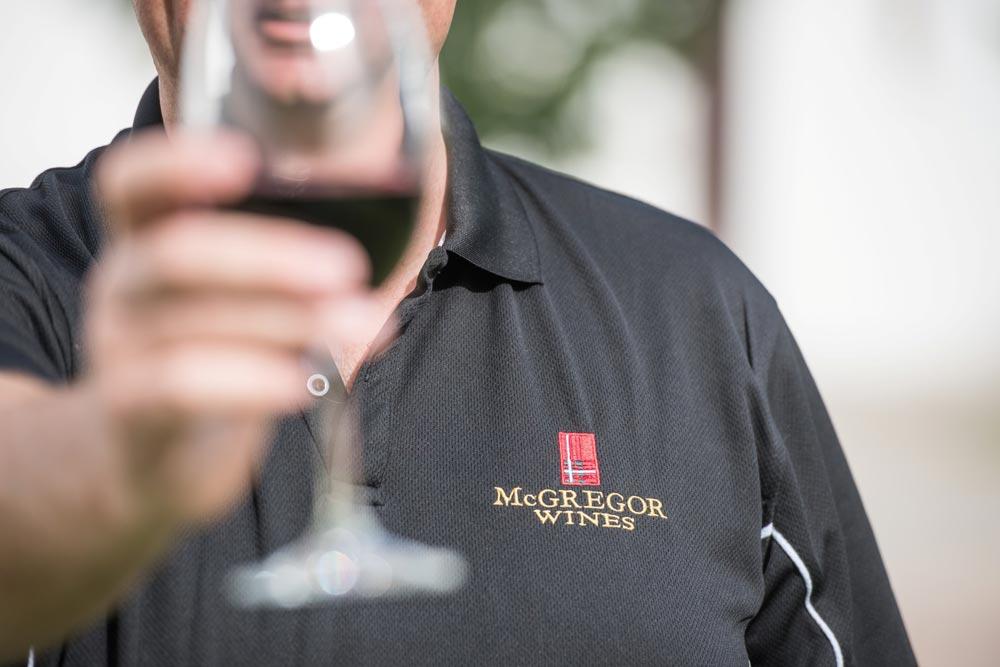 MCGREGOR-MEANDER-Mcgregor2-)