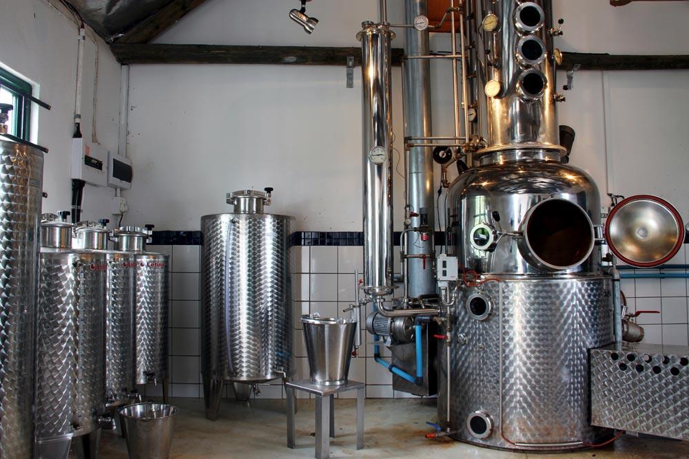MCGREGOR-MENDER-TANAGRA2-distillery—potstill
